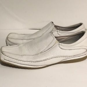 GBX White pebbled leather flex Driving Mocs Sz 12M